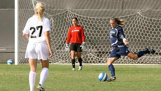 girl playing soccer - 1024×682