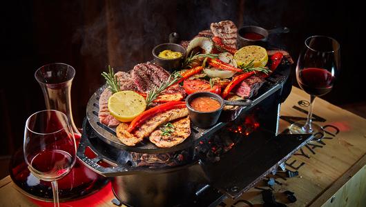 Feed table grill tarantino 1
