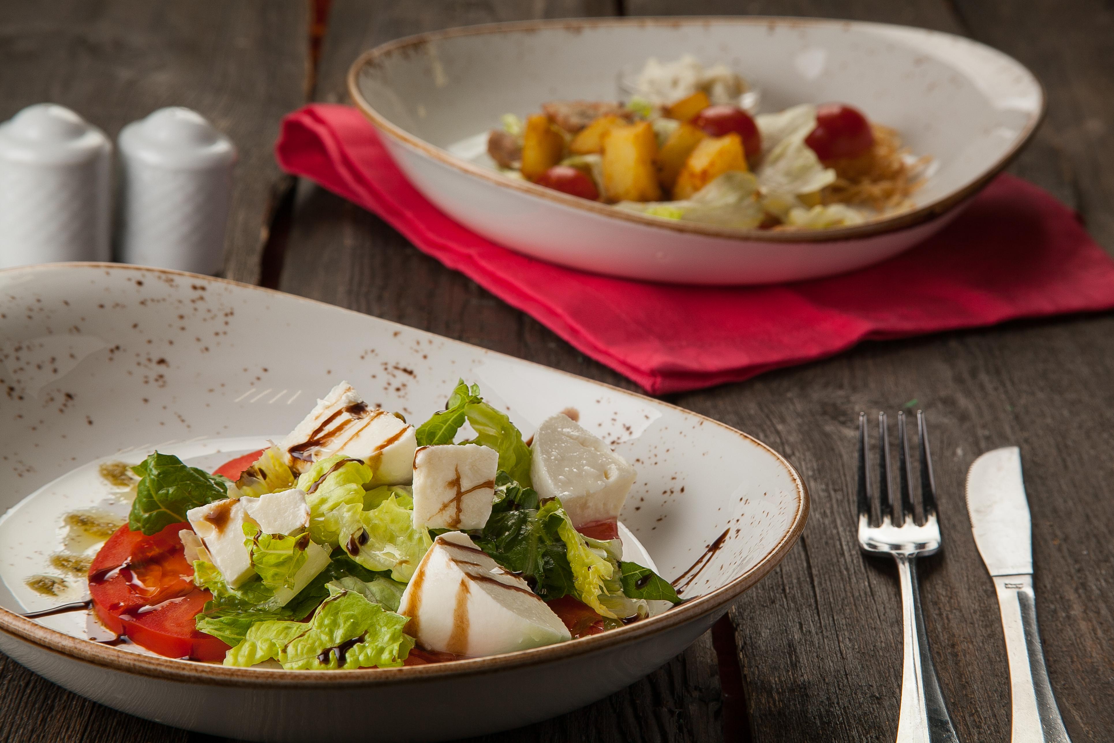 салат от шефа ресторанного типа фото оладьи творогом кефире