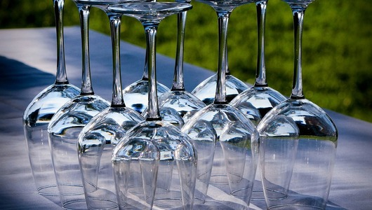Feed wine glasses 176991 960 720