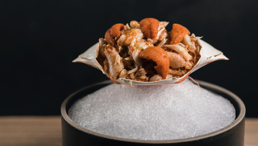 Feed flower crab with hokkaido uni and mitsuba  2