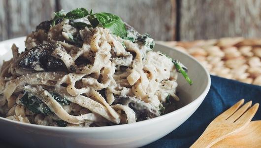 Feed creamy vegan mushroom fettuccine alfredo   recipe on hotforfoodblog