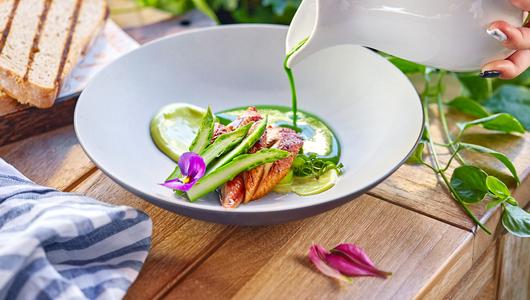 Feed moregrill zelenyy holodnyy sup