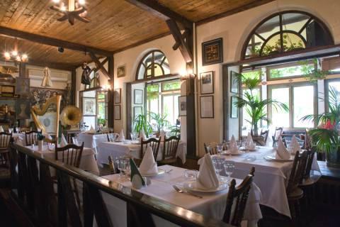 Restoran u pirosmani