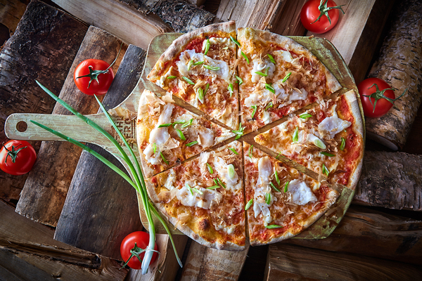 Content pizza s morskym okunem rukkola 1 1