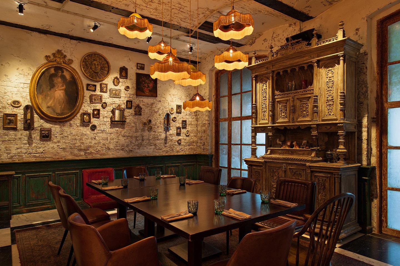 Restoran kazbek interior 9
