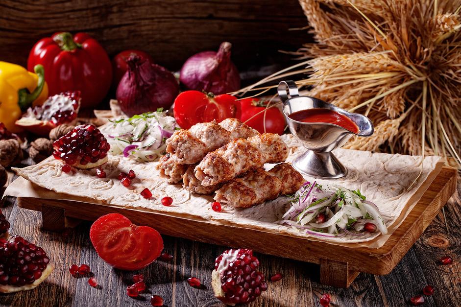 Lyulya kebab iz kuritsy 430 rub....