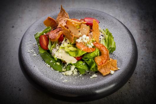 Feed salat latuk s podkapchenoi krevetkoi larionov 6